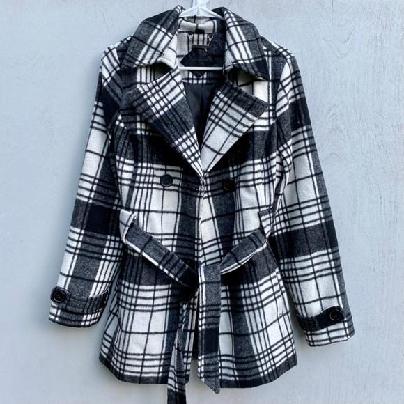 Jou Jou Black & White Plaid Wool Pea Coat w/ Belt